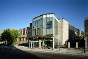Queen's University Macdonald Hall, Faculty of Law